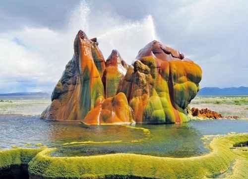 Tuyệt tác Fly Geyser - Mạch nước phun giữa sa mạcNeveda