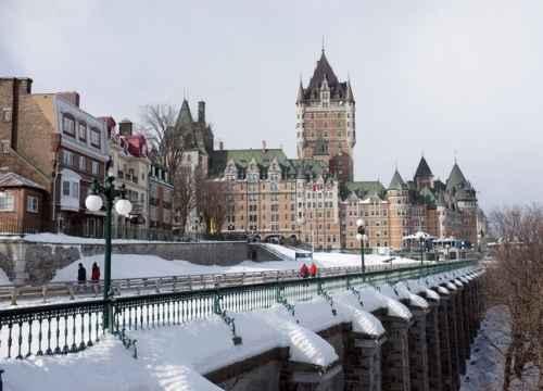 Vé máy bay đi Quebec (Canada) giá rẻ